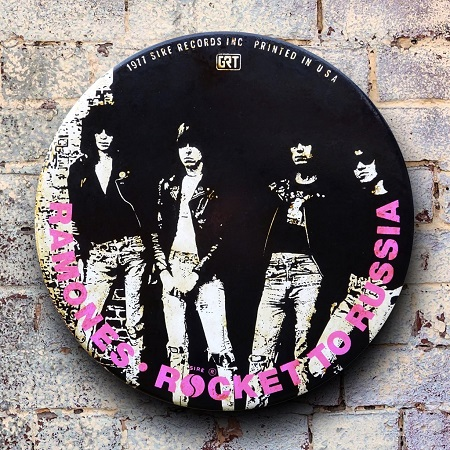 Ramones giant 3D vintage pin badge  - click to visit artists gallery ->